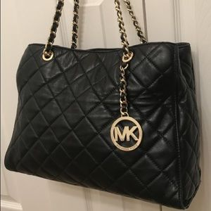Used Michael Kors Susannah Large Quilted Tote
